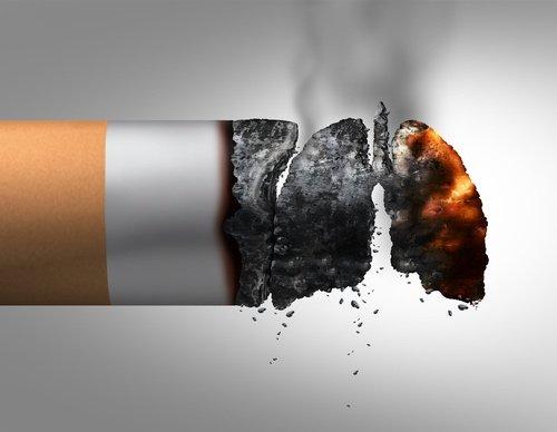 Fumo causa tumore del polmone